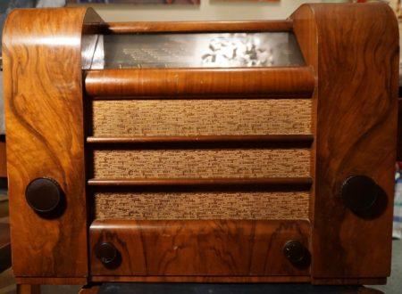 Vintage Radio Halcyon A 581, 1937