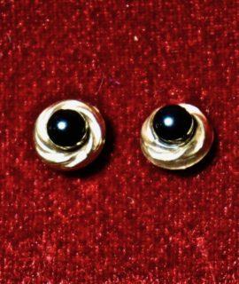 Vintage Black Onyx Earrings 9 k Gold