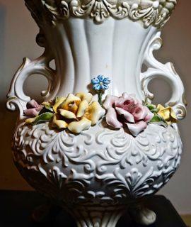 Vintage Capodimonte Italian Vase, 1960 ca.