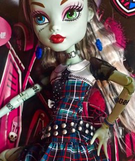 Extra Tall Monster High Doll, Frankie Stein
