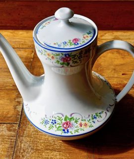 Vintage Bavaria Teapot, 1960