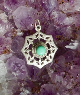 Vintage 925 silver pendant with natural turquoise