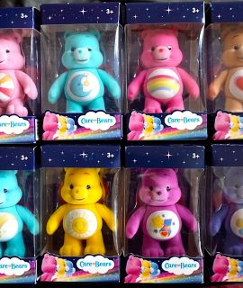 8 Care Bears 80401 Collectable Flock Figures
