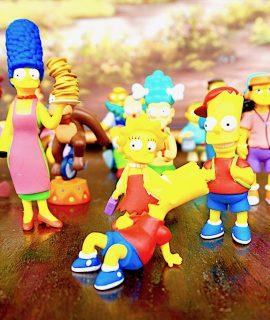 Lot of 17 Original Simpsons Figurines