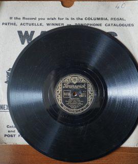 Ciribiribin; Yodelin Jive, Bing Crosby with The Andrews Sisters, Brunswick, 78 RPM, 1940