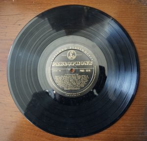 Parlophone – Film Favourites, PMD 1014 played by Ron Goodwin and his Concert Orchestra, 1954