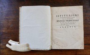 Gio. Battista Capello, Lessico farmaceutico-chimico... 1754; Lucae Carlucii, Lectiones medico-chemicae, 1761