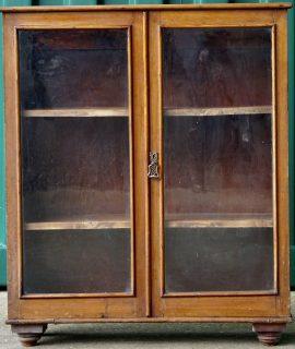 Vintage Bookcase, 90 x 103 x 28 cm.